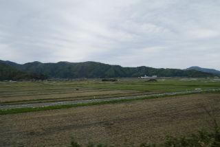 田園風景を抜けて.jpg